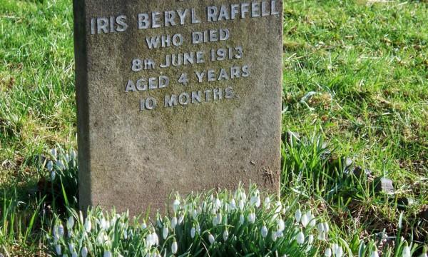 RAFFELL, Iris Beryl 1913